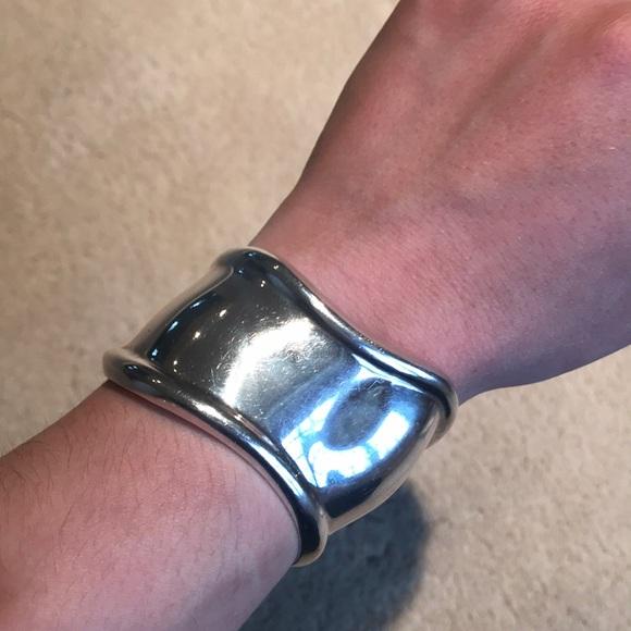 3b8d4fad9 Tiffany Elsa Peretti bone cuff bracelet. M_5abd490061ca10460a67c7da